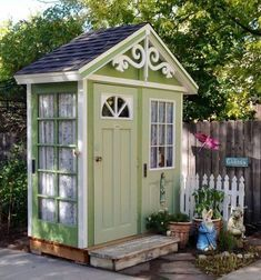 Garden shed from old doors haven have skure, haveideer и bag Backyard Sheds, Outdoor Sheds, Backyard Landscaping, Backyard Retreat, Outdoor Spaces, Cottage Garden Sheds, Home And Garden, Easy Garden, Garden Ideas