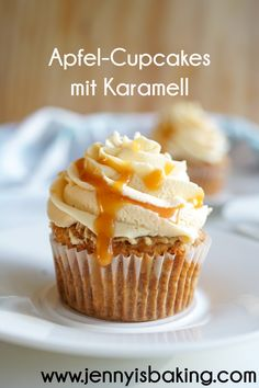 Caramel Recipes, Fall Recipes, Sweet Recipes, Granola Cups Recipe, Caramel Frosting, Cupcake Frosting, Yummy Cupcakes, Caramel Apples, Baking Recipes