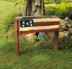long primitive box with floral arrangement | PRIMITIVE RED WHITE AND BLUE PATRIOTIC OLD BARN WOOD FLOWER BOX