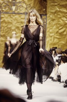 Claudia Chanel 1993-1994