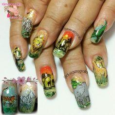 Diseño de salón 😍💅🤘💄👑 @dueaerografia @zonatrendymk #kimerasnails #dueaerografia #nails #uñas #acrylicnails #nude #nailartist #sculturenails #prettynails #naturalnails #glitter #acrilicodecolor #naildesign #glitternails #coffinnails #ballarinanails  #stilettonails #coffinshape  #artlover #weddingnails #nailpro #manoalzada #onestroke #nailart #artpaint #flower #selva #animalprint #jungle