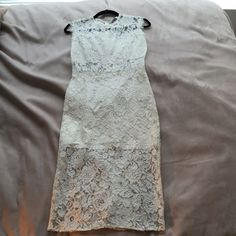 Alexis Lace Dress Alexis Lace Dress. Size M. Like new, worn once at photo shoot. Alexis Dresses Midi
