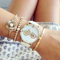 Tienda online de Bisuteria. Todos los anillos de moda de venta online. Anillo plateado con piedras de resina ajustable. Disfruta de la seleccion de piezas originales de relojes a la moda hechos a …