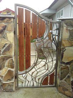 Haus & Garten & Deko 8 Abundant Clever Hacks: Pool Fence Porches fence and gates vintage. Metal Gates, Wooden Gates, Wrought Iron Gates, Iron Gate Design, Fence Design, Bamboo Fence, Cedar Fence, Brick Fence, Fence Art