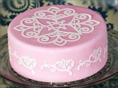 Cakes Made with Cricut Cake - Babyshower Pink Cake Ideen Fondant Baby, Simple Fondant Cake, Fondant Cakes, Cakes To Make, How To Make Cake, Cricut Cake, Pretty Cakes, Beautiful Cakes, Amazing Cakes