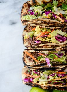 slow cooker sweet + spicy short rib tacos with sesame guacamole I howsweeteats.com