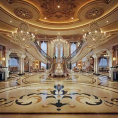 just beautiful! ♡ @emmykatebeauty on pinny, @beautyand_barbells on insta ♡ Mansion Bedroom, Mansion Interior, Home Interior Design, Room Interior, Palace Interior, Royal Room, Egypt Design, Modern Mansion, Marble Floor