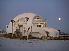 The Dome of a Home is an incredible monument of dome design and construction. Located on Pensacola Beach, Florida, this 6,000 sq ft of indoor and outdoor living space provides spectacular views of the Gulf of Mexico and Santa Rosa Sound. Built by Mark and Valerie Sigler.