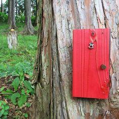 【tofu_fufu】さんのInstagramの写真をピンしています。《夢の扉 それではおやすみなさい* 明日素敵な一日になりますように* #みんなのスカイウォーク #三島スカイウォーク #林 #お散歩 #扉 #メルヘン #おとぎ話 #woods #door #fantasy #nature #naturelove #おやすみなさい #gn #夜中にコッソリ倶楽部》