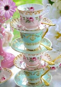 English vintage china tea sets and teapots to buy for your vintage event. We have a huge stock of tea cups and saucers, cake stands , tea sets and lots more.