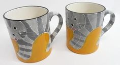 Pair of Yellow Coffee Mugs with Cats Gray Striped Textured by Castlemere Кружки и чашки