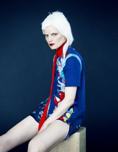 'Portrait of a Lady' Guinevere van Seenus by Erik Madigan Heck for Muse No.37 Spring 2014 [Editorial] - Fashion Copious