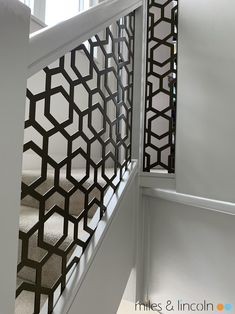 Laser cut balustrade and glazed screens - Miles and Lincoln - Laser Cut Screens Laser Cut Screens, Laser Cut Panels, Net Door, Decorative Screen Panels, House Gate Design, Small Living Rooms, Diy Garden Decor, Laser Cutting, Decoration