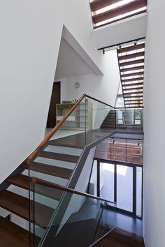 """Folding Wall House by NHA DAN ARCHITECT """"Location: Ho Chi Minh City, Vietnam"""" 2013"""