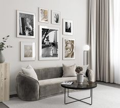 Gallery wall for the living room. Inspiration for the living room - Desenio Gallery wall for the living room. Inspiration for the living room - Desenio Decor Room, Living Room Decor, Wall Decor, Home Decor, Inspiration Wall, Interior Inspiration, Desenio Posters, Elegant Living Room, Modern Living
