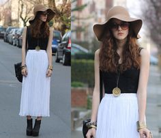 Vintage Bracelets, Forever 21 Corset, Vintage Maxi Skirt, H Floppy Felt Hat, Urban Outfitters Sunglasses, H Ankle Boots