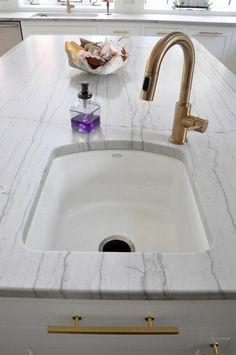 "photo 2014-07-07002648a_zpsdc1ecac7.jpgDelta Trinsic Pullout Spray Bar/Prep -Champagne Bronze Kohler Riverby 33"" Single Basin Under-Mount Enameled Cast-Iron ��"" White Kohler Napa Single Basin Cast Iron Bar Sink - White"