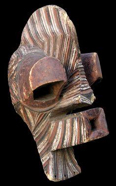SONGYE    (Songe-Kisongye-Lusonge-Kalebwe-Northeast Luba-Yembe-Kisonge-Luba Songi-Kisongi)    D. R. C. (Repubblica Democratica del Congo - ex Zaire)