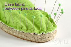 Sewing Tutorial: How to Make a Pair of DIY Espadrilles in Two Hours Diy Craft Projects, Craft Tutorials, Sewing Tutorials, Sewing Projects, Sewing Patterns, Make Your Own Shoes, How To Make Shoes, How To Make Slippers, Fabric Shoes