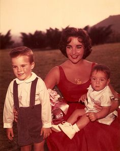 Elizabeth Taylor and the kids