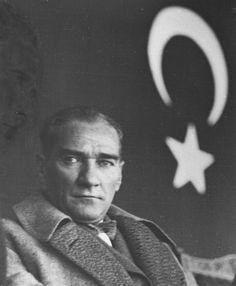 Atatürk 10 Kasım fotoğrafları! En güzel 10 Kasım mesajları ve Atatürk resimleri…