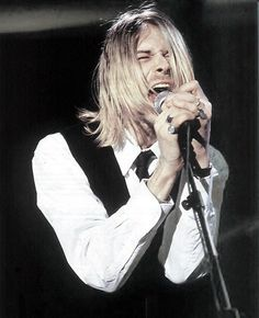 kurt cobain.. This man made his vocal chords bleed for us. Massive respect and love for you!