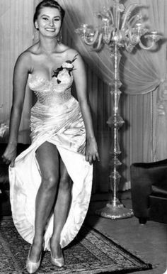 The Nifty Fifties (Posts tagged sophia loren) Hollywood Icons, Hollywood Stars, Hollywood Actresses, Classic Hollywood, Old Hollywood, Actors & Actresses, Brigitte Bardot, Bridget Bardot, Classic Actresses