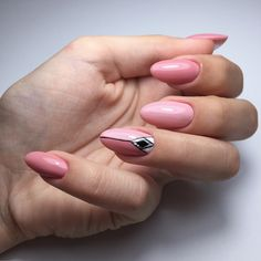 Nails nude nailart desing
