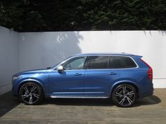 Volvo XC90 2.0 D5 R DESIGN 5dr AWD Geartronic