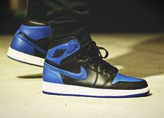 Nike Air Jordan 1 Retro High - Black/Royal Blue (by @jonomfg)