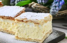 Learn just how easy it is to make Croatian Kremšnita, also known as krempita, which is really a tasty custard slice. Best French Vanilla Cake Recipe, Easy Cake Recipes, Sweet Recipes, Easy Desserts, Bread Recipes, Nutella Slice, Custard Slice, Christophe Adam, Starbucks Lemon Loaf