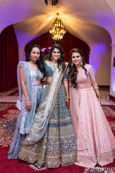 Bridesmaids Indian Wedding American Tradition Bollywood India