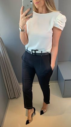 Office Outfits Women, Business Casual Outfits, Mode Outfits, Fashion Outfits, Simple Work Outfits, Looks Black, Work Looks, Work Attire, Work Fashion