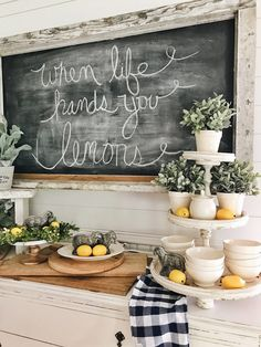 49 Awesome Natural Farmhouse Dining Room Decor Ideas - Tuscan décor is inspired by relationships between people, nature, time and color. In the dining room, Tuscan décor brings about the essence of family . Lemon Kitchen Decor, Kitchen Ideas, Kitchen Bars, Country Farmhouse Decor, Country Kitchen, Modern Farmhouse, Farmhouse Style, Summer Kitchen, Small Dining