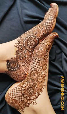 Beautiful Leg mehndi designs (Trending and funky) - SetMyWed