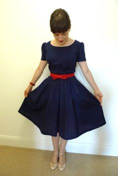 Tilly and the Buttons: The Birthday Party Dress-  Also lots of info for sewing