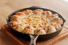 You Will Never Think Of Pizza The Same Way After Trying This Dip