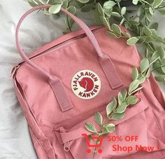 Find images and videos about cute, pink and aesthetic on We Heart It - the app to get lost in what you love. Mochila Kanken, Kanken Backpack, Art Hoe Aesthetic, Pink Aesthetic, Aesthetic Style, Pink Kanken, Desu Desu, Moda Vintage, Backpacker
