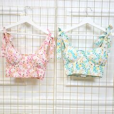 SUMMER TOPS, CROP TOPS, FLORAL TOPS, GOING OUT TOPS, PINK TOP, GREEN TOP, JEANS AND A NICE TOP Green Tops, Pink Tops, Floral Tops, Summer Crop Tops, Going Out Tops, Nice, Trending Outfits, Jeans, Style