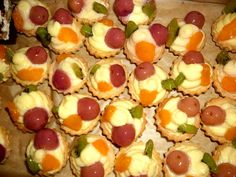 Foto: betka Christmas Sweets, Christmas Cookies, Czech Recipes, Fruit Salad, Food Art, Recipies, Goodies, Food And Drink, Minis