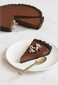 Re-Pin By @siliconem - No-Bake Chocolate Tart looks super easy and delicious!