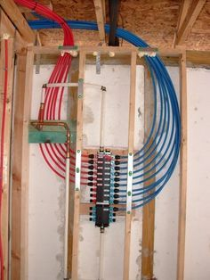 plumbing - PEX manifold for water supply Home Renovation, Home Remodeling, Holmes On Homes, Pex Plumbing, Water Plumbing, Bathroom Plumbing, Bathroom Fixtures, Casa Patio, Home Repairs
