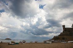 облака, море, крепость