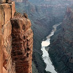 Our guide to the best Grand Canyon hotels, South Rim views, North Rim activities, national park history, river rafting, and hiking.
