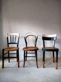 Set of 6 vintage mismatched vintage chairs / Cook Ensemble de 6 chaises anciennes dépareillées vintage / Cuisine / bistrot reloo… Set of 6 old mismatched vintage chairs / Kitchen / reloo bistro … - Refurbished Furniture, Upcycled Furniture, Furniture Projects, Furniture Makeover, Painted Furniture, Home Furniture, Furniture Design, Kitchen Chair Makeover, Diy Furniture Chair