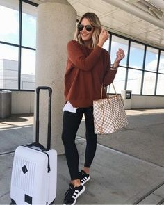 Travel Outfit Ideas Collection airport outfit ideas what you should wear travel one oh one Travel Outfit Ideas. Here is Travel Outfit Ideas Collection for you. Travel Outfit Ideas how to travel with style just trendy girls. Comfy Travel Outfit, Winter Travel Outfit, Winter Outfits, Summer Outfits, Comfy Airport Outfit, Summer Airport Outfit, Travel Attire, Summer Vegas Outfit, Airport Attire