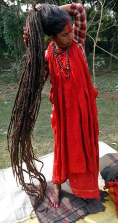 Hindu ascetic woman, Ganges in Kolkata