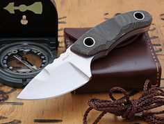 Boker Plus Bobbi fixed blade EDC (Photo Credit: Razmataz) - www.Rgrips.com
