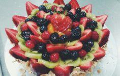 """My """"Empress"""" fruit tart #arrangement #tartporn #dessert"""
