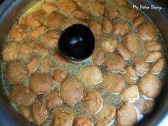 The soft and fluffy Kanji Vadas dunked in delicious mustard water. at Shri Ram Chaat Bhandar, Gheewalon ka Raasta, food, Rajasthan India Street, Indian Street Food, Chaat, Beetroot, Jaipur, Mustard, Appetizers, Tasty, Snacks